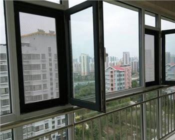 防盗纱窗与普通纱窗相比优越性有哪些?